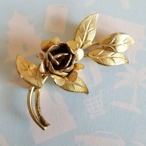 Vintage rose with leaves brooch gold tone pin